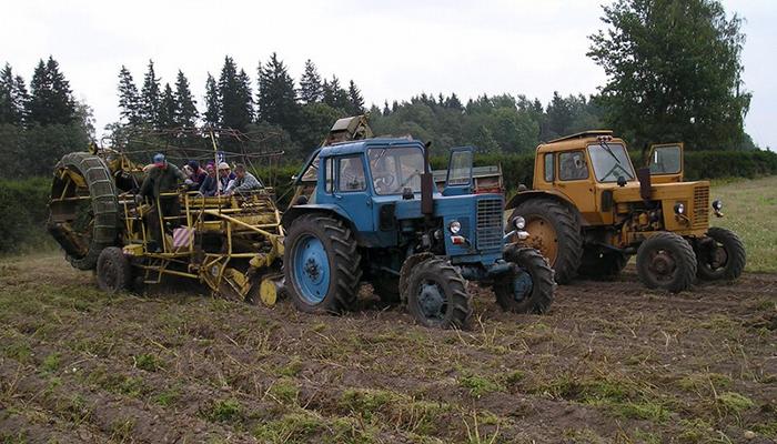 Дверь кабины трактора купить в РОССИИ у 18 поставщиков.